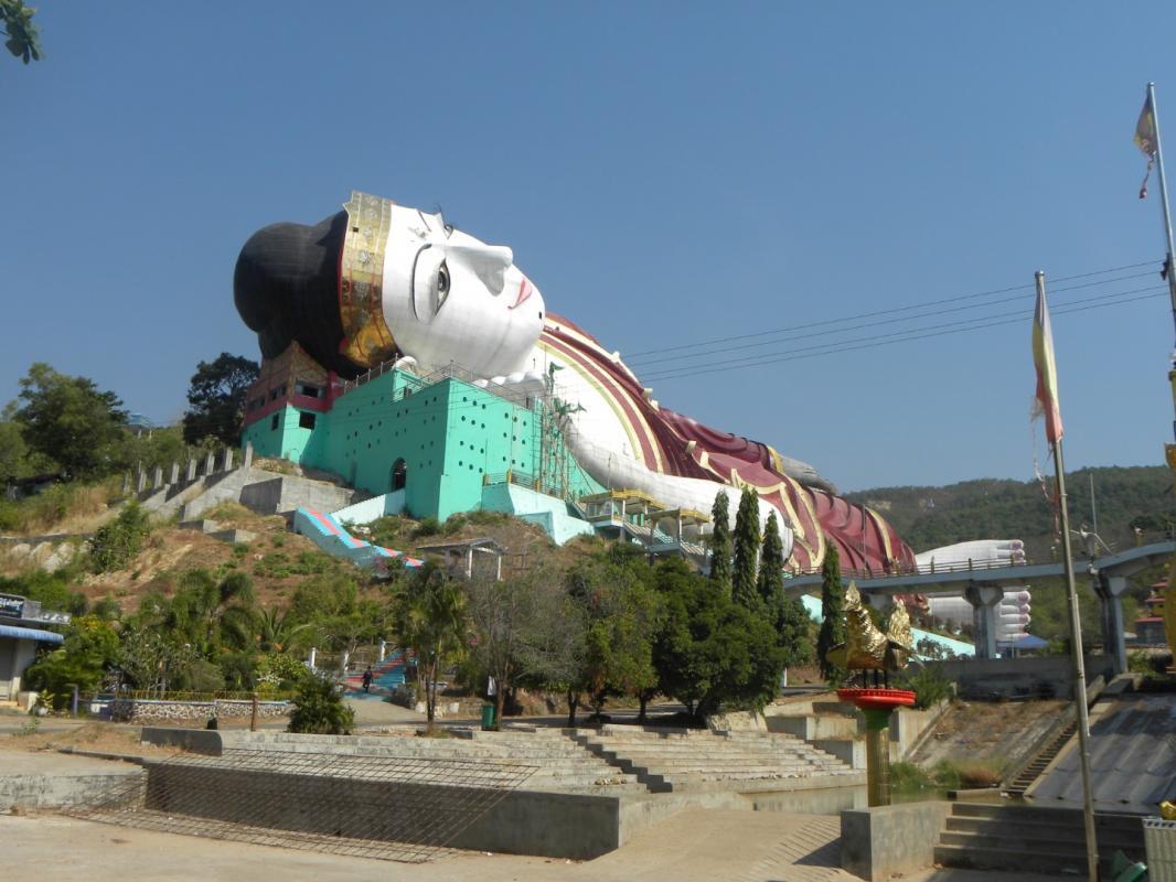 Bouddha couche grand